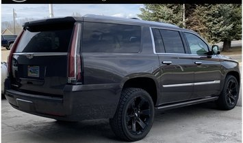 2018 Cadillac Escalade ESV Platinum Edition