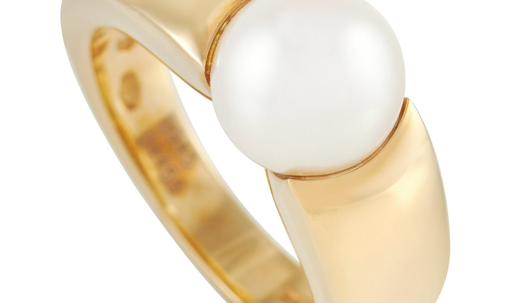 Boucheron Boucheron 18K Yellow Gold 8.5 mm Pearl Ring