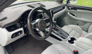 2016 Porsche Macan Turbo $95,135 MSRP