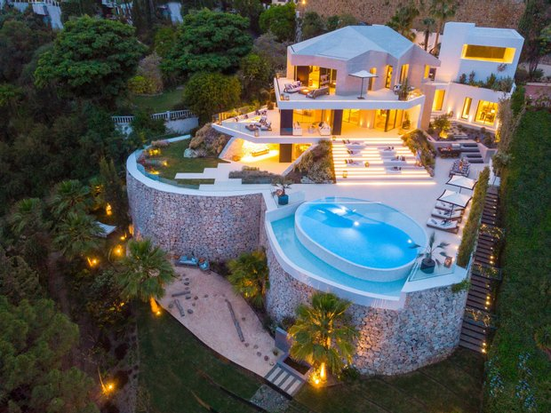 JamesEdition: Luxury Real Estate, Modern Homes, Villas, Mansions,  Penthouses for Sale Worldwide