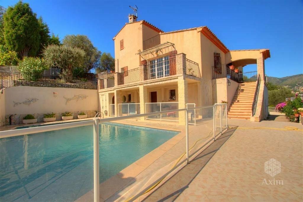 Villa in Saint-André-de-la-Roche, Provence-Alpes-Côte d'Azur, France 1
