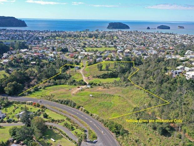 Land in Whangamata, New Zealand 1