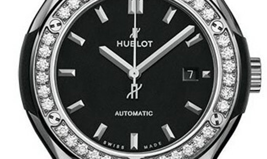 HUBLOT CLASSIC FUSION TITANIUM DIAMONDS MATTE BLACK 33MM 582.NX.1170.RX.1204
