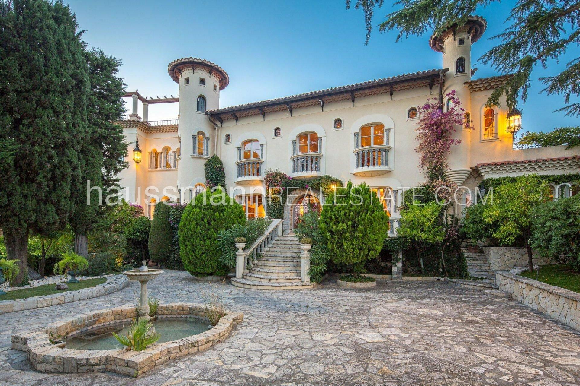 Villa in Nice, Provence-Alpes-Côte d'Azur, France 1 - 11436183