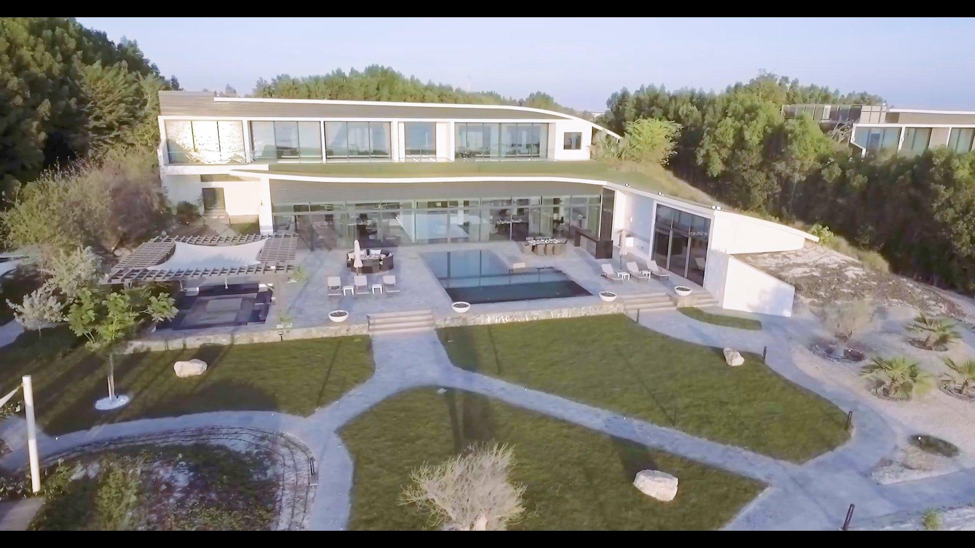 Villa in Abu Dhabi, Abu Dhabi, United Arab Emirates 1 - 11438418