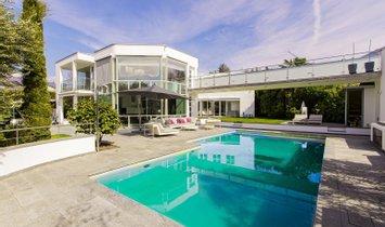 villa in Switzerland 1