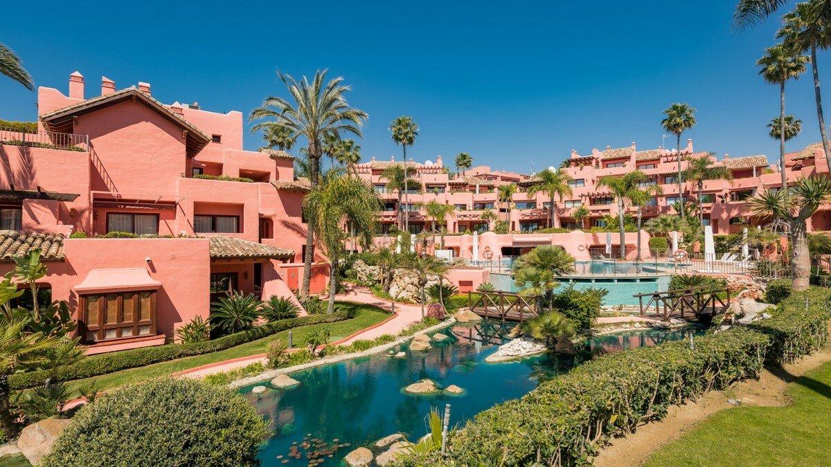 Appartamento a Estepona, Andalusia, Spagna 1 - 11441886
