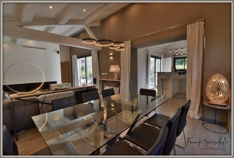 Casa a Fuveau, Provenza-Alpi-Costa Azzurra, Francia 1 - 11445336