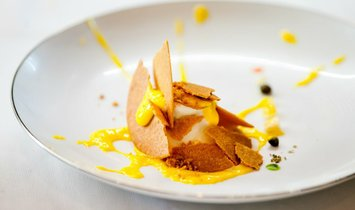 Embark on the Ultimate Italian Cooking Experience with chef Massimo Bottura