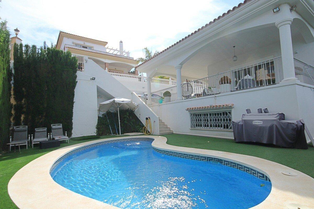 Casa a Urbanización Riviera Sol, Andalusia, Spagna 1 - 11446437