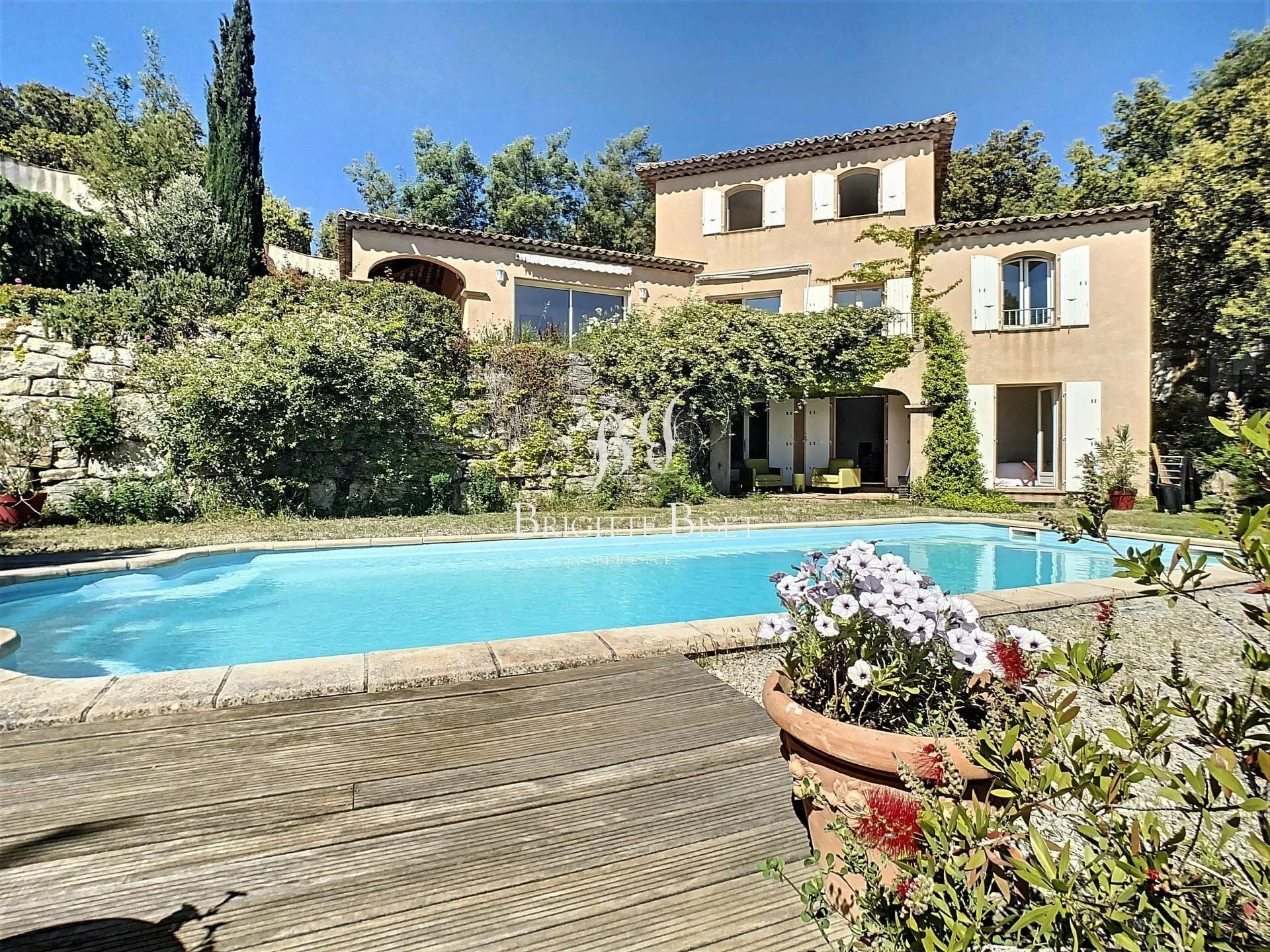 Villa a Sainte-Maxime, Provenza-Alpi-Costa Azzurra, Francia 1 - 11446998