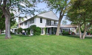 House in Libertyville, Illinois, United States 1