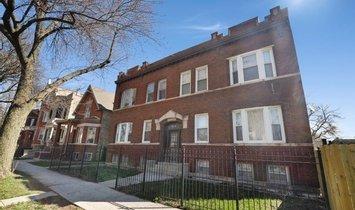 Apartment in Chicago, Illinois, United States 1