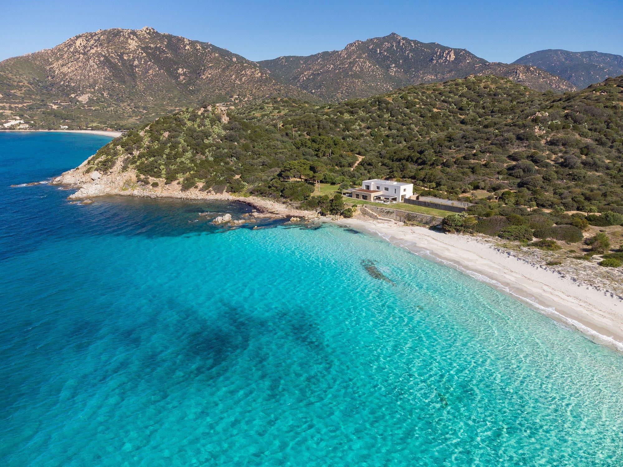 Estate in Sardinia, Italy 1 - 11434001
