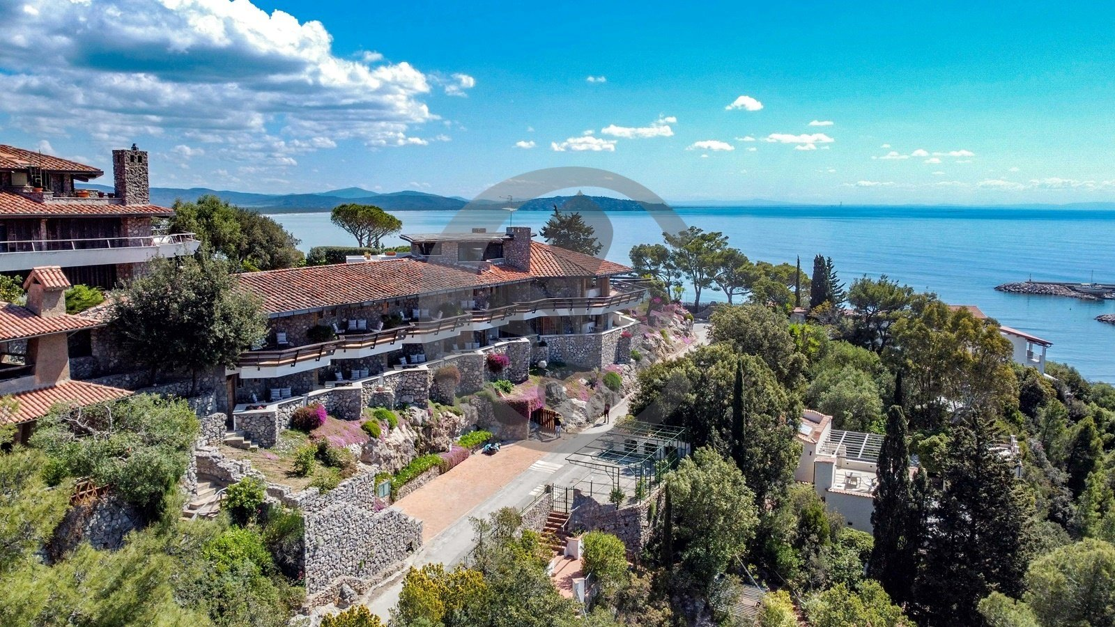 Villa in Poggio Pertuso, Tuscany, Italy 1 - 11449215