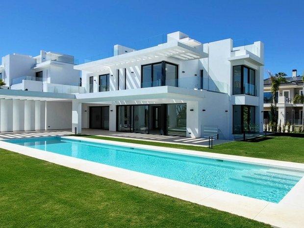 Villa in Benahavís, Andalusia, Spain 1