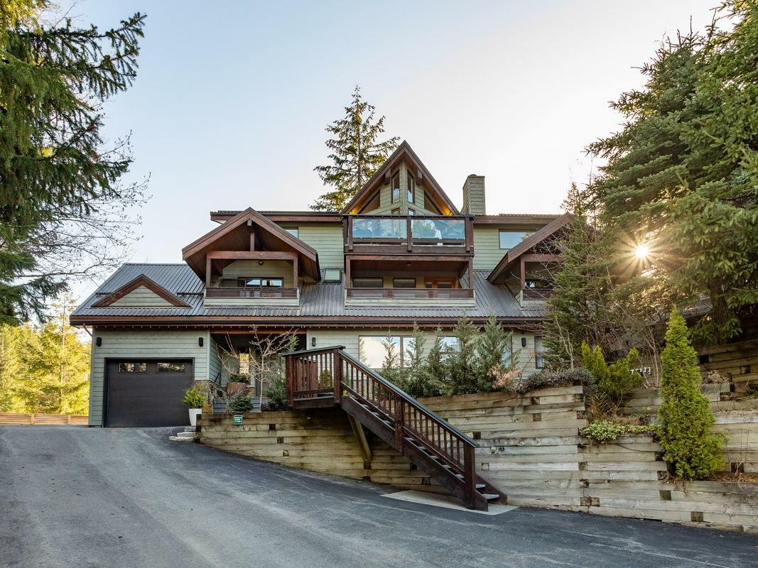 House in Whistler, British Columbia, Canada 1 - 11449001