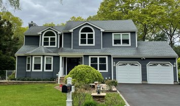 House in Port Jefferson Station, New York, United States 1