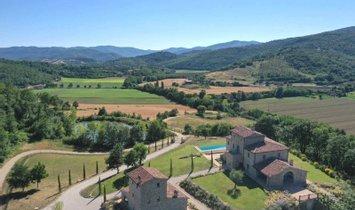 Villa in Lisciano Niccone, Umbria, Italy 1