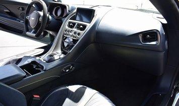 2019 Aston Martin DB11 AMR Halo