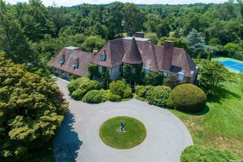 House in Syosset, New York, United States 1 - 11453785