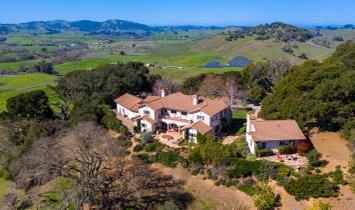 House in Petaluma, California, United States 1