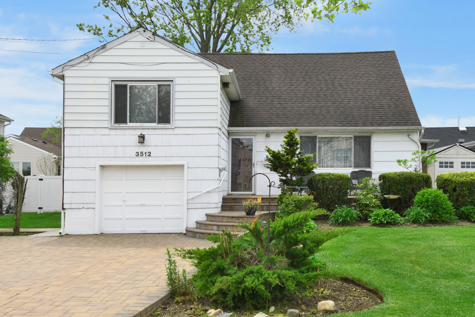 House in Oceanside, New York, United States 1