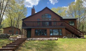 Casa a Butternut, Wisconsin, Stati Uniti 1