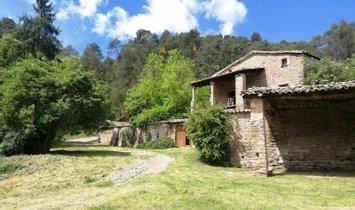 Villa in Sant Feliu Sasserra, Katalonien, Spanien 1