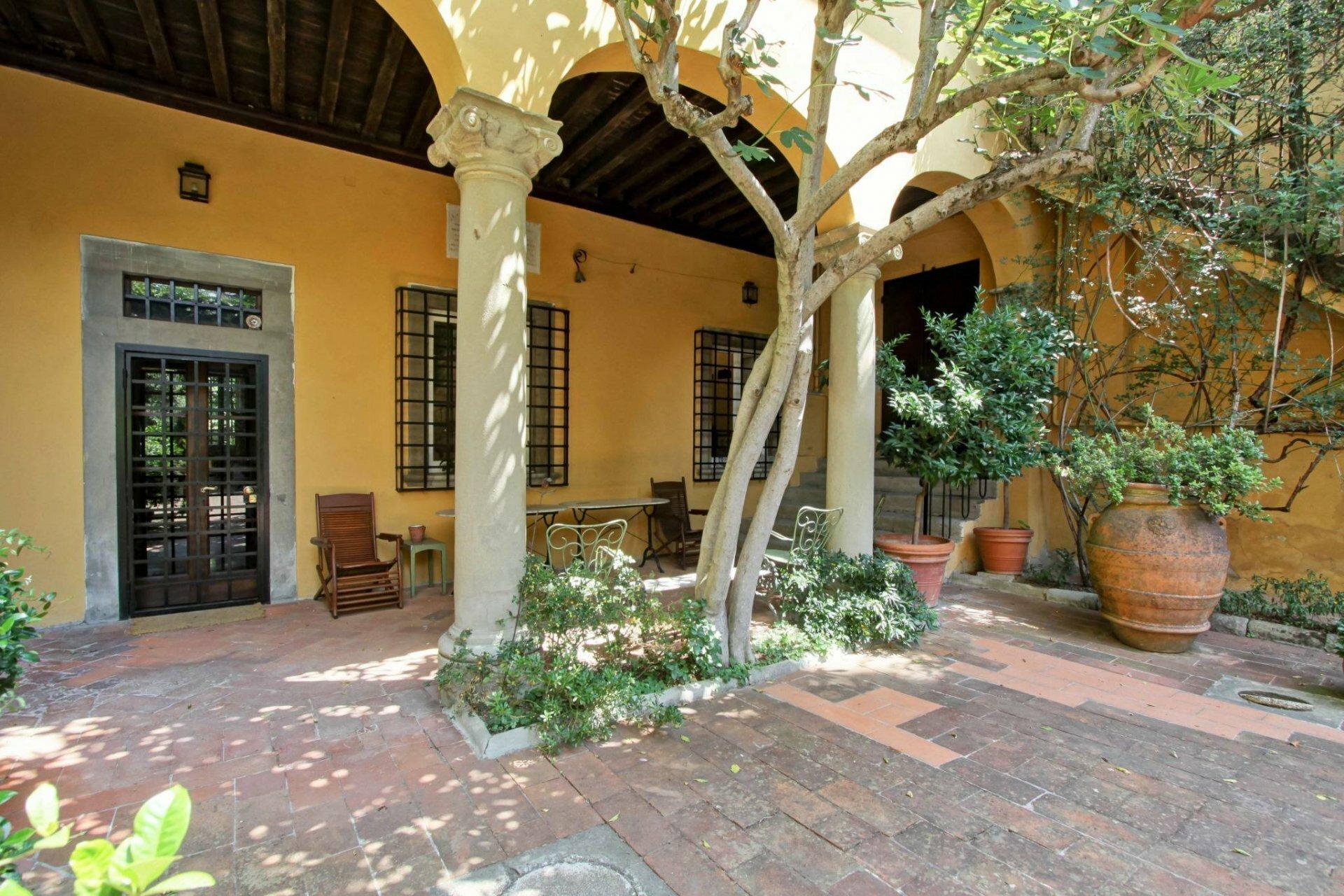 Villa in Florence, Tuscany, Italy 1 - 11456498