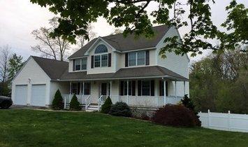 Дом в Метуен, Массачусетс, Соединенные Штаты Америки 1
