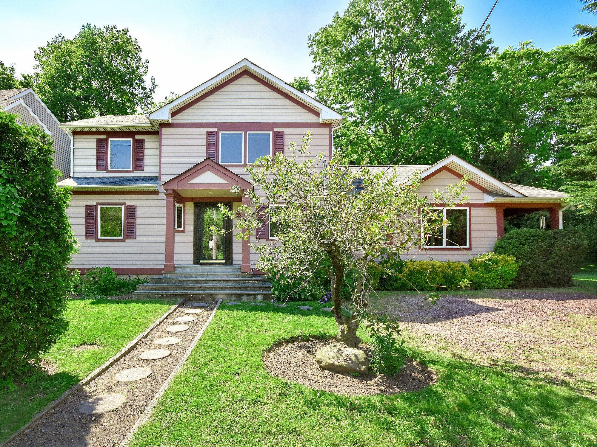 House in Port Washington, New York, United States 1 - 11459762