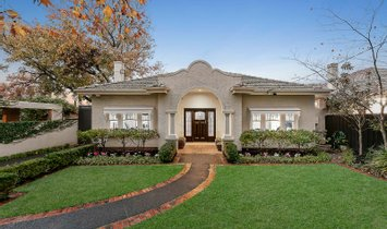 House in Malvern East, Victoria, Australia 1