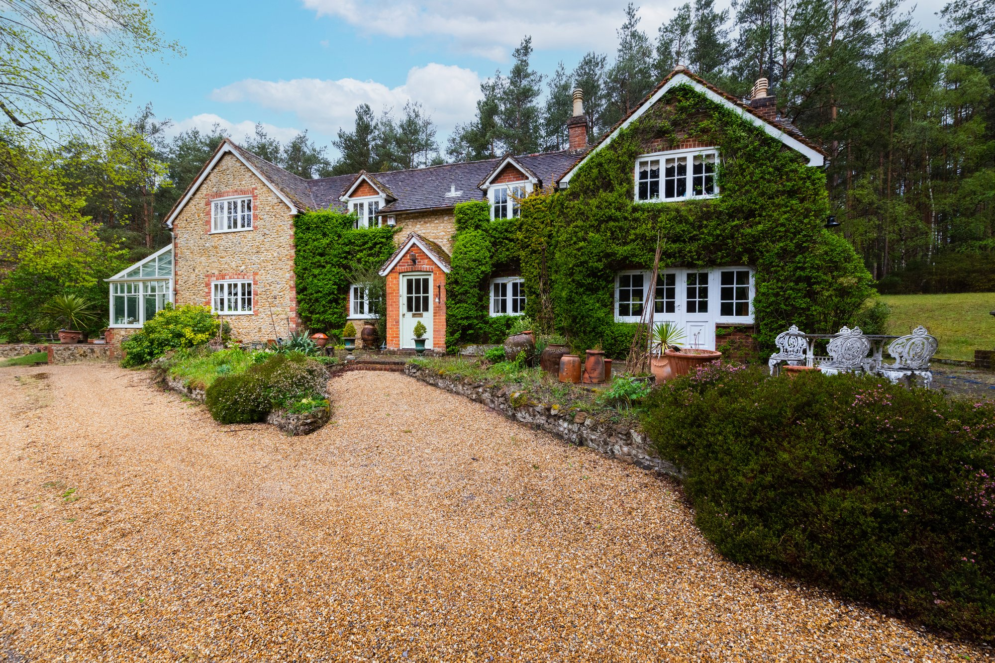 House in Rushmoor, England, United Kingdom 1 - 11461687