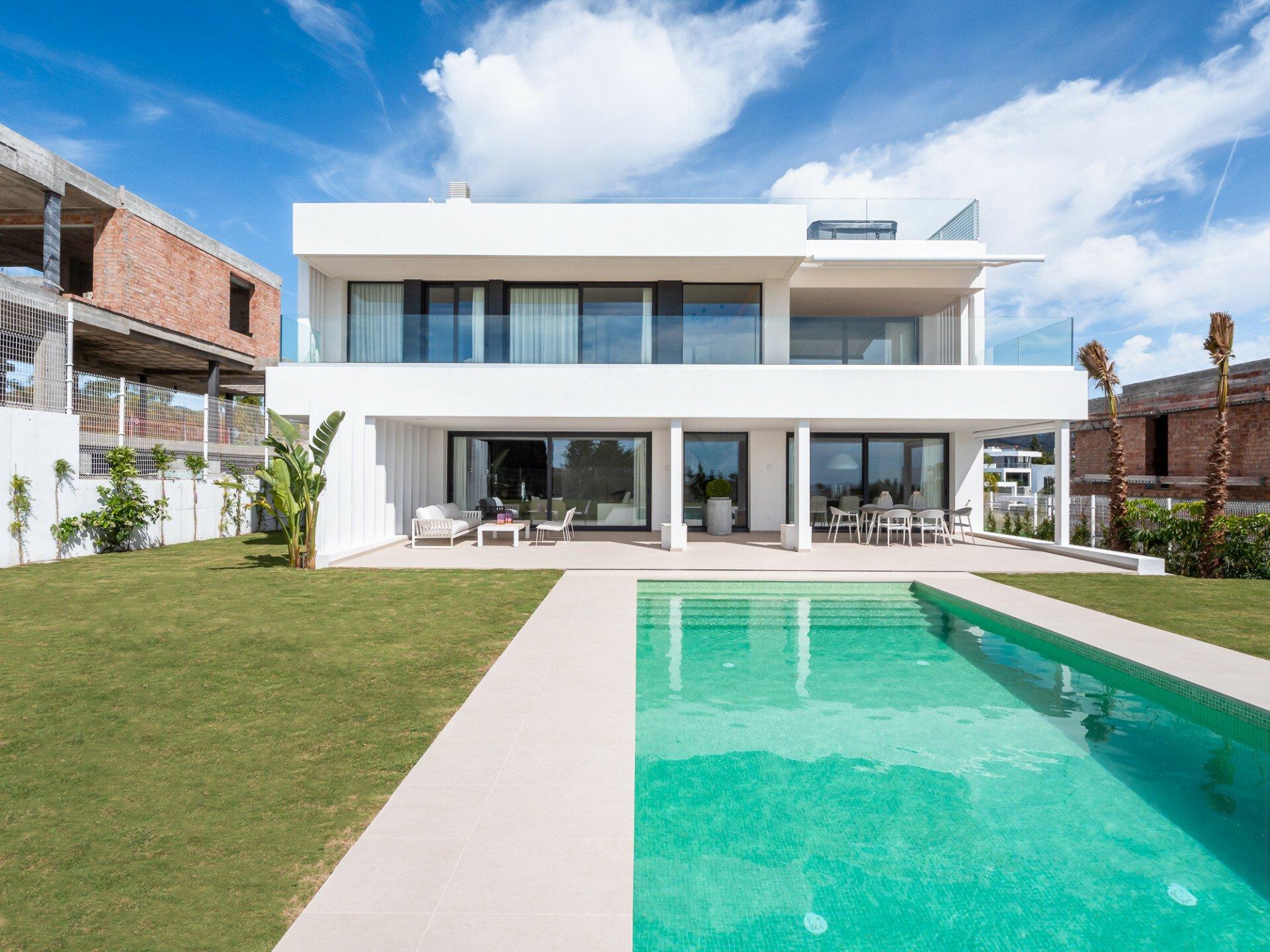 Villa in Estepona, Andalusia, Spain 1 - 11465250