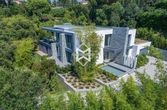 Villa in Vallauris, Provence-Alpes-Côte d'Azur, France 1