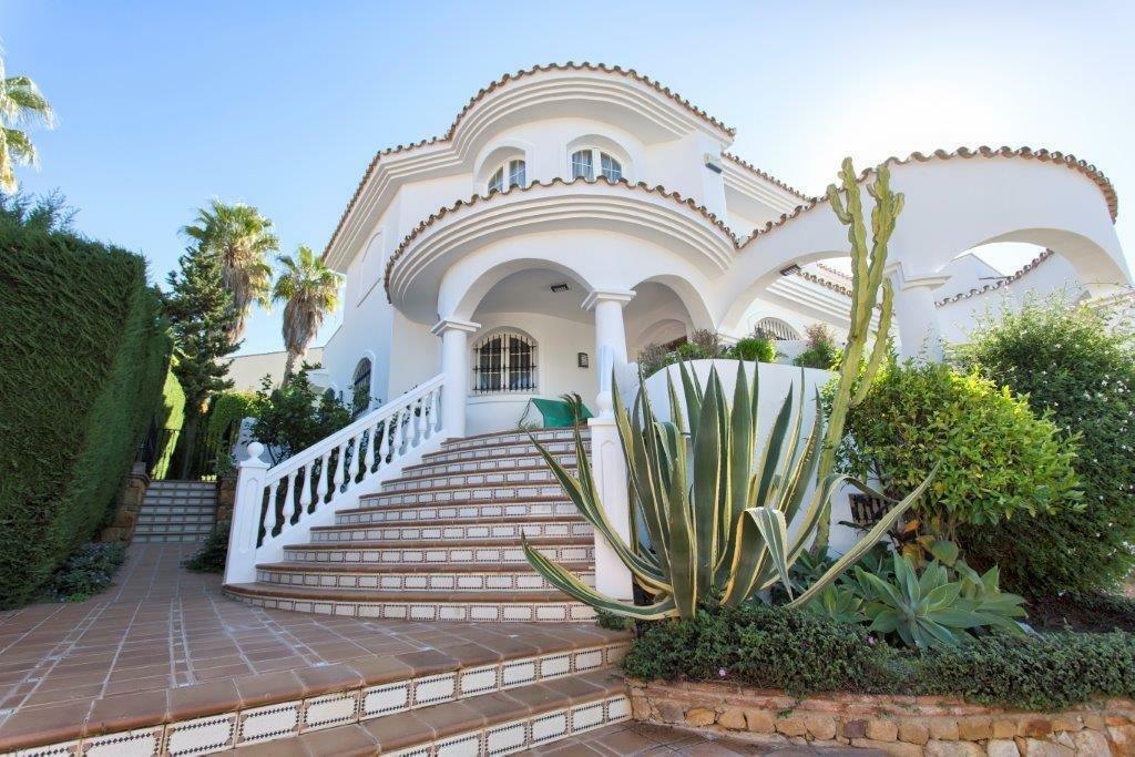 Villa in Benalmádena, Andalusia, Spain 1 - 11468773
