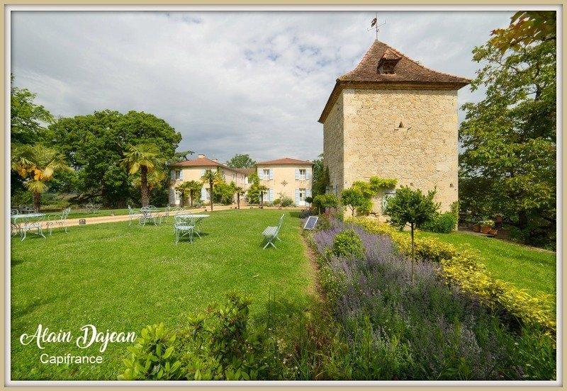 Castle in Agen, Nouvelle-Aquitaine, France 1 - 11470556