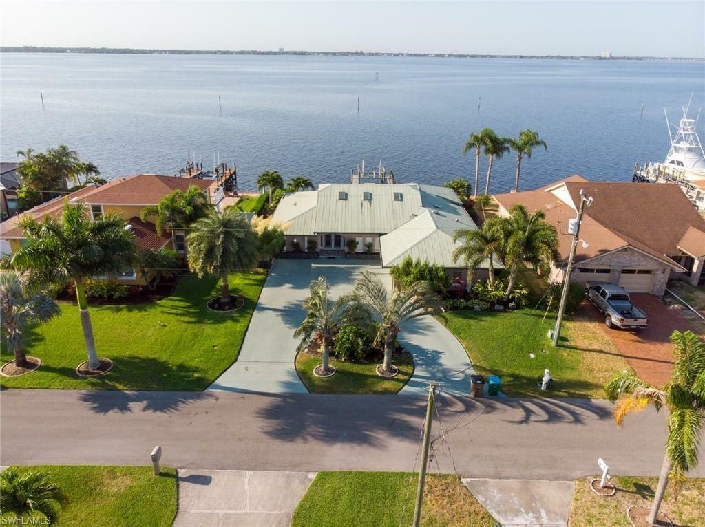 House in Cape Coral, Florida, United States 1 - 11474200