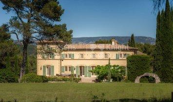 Villa in Orgon, Provence-Alpes-Côte d'Azur, France 1
