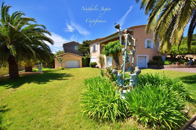 Villa in Saint-Tropez, Provence-Alpes-Côte d'Azur, Frankreich 1 - 11297839