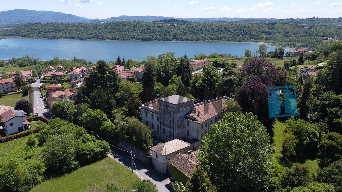Villa in Albavilla, Lombardy, Italy 1