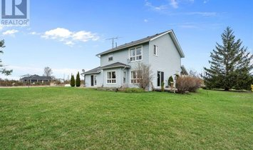 Maison à Comté du Prince-Édouard, Ontario, Canada 1