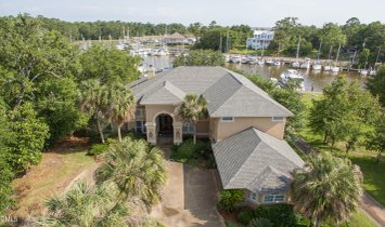 House in Ocean Springs, Mississippi, United States 1