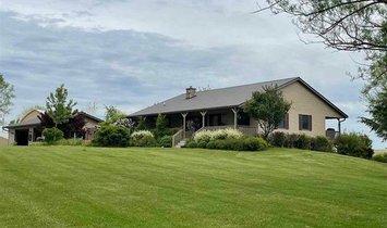 Farm Ranch in Genoa, Wisconsin, United States 1