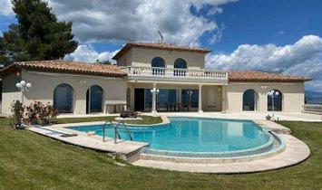 villa in Mandelieu-la-Napoule, Provence-Alpes-Côte d'Azur, Frankrijk 1
