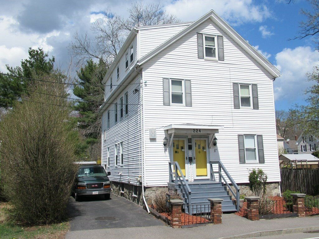 House in Saugus, Massachusetts, United States 1