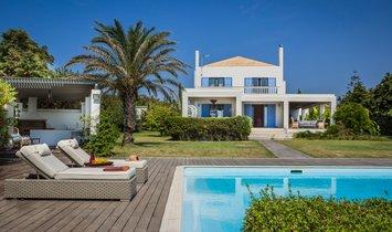 Villa à Svoronata, Grèce 1