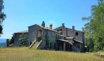 Estate in Ficulle, Umbria, Italy 1
