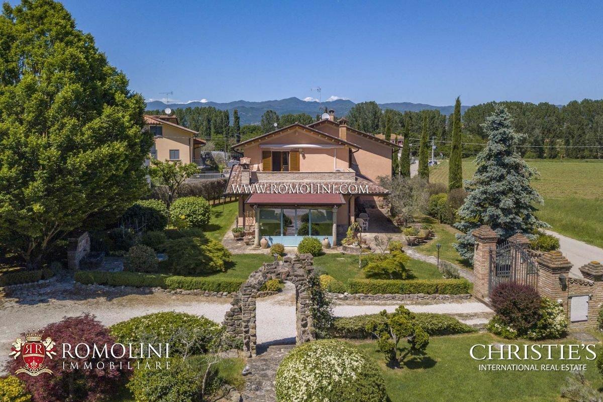 House in Perugia, Umbria, Italy 1 - 11485137